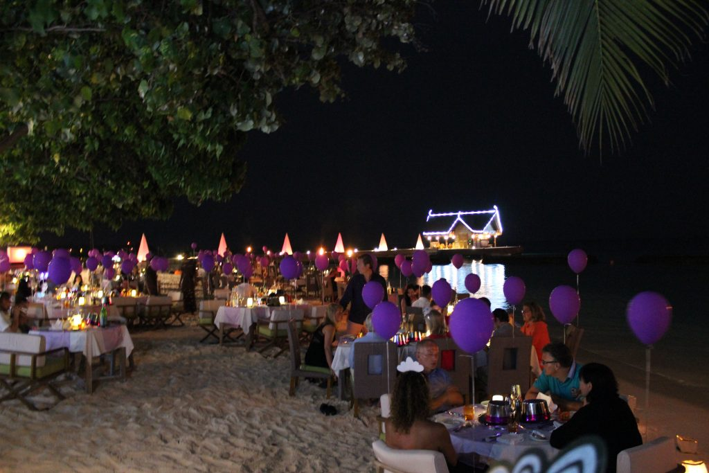 Constance Moofushi hotel review New Year's Eve dinner