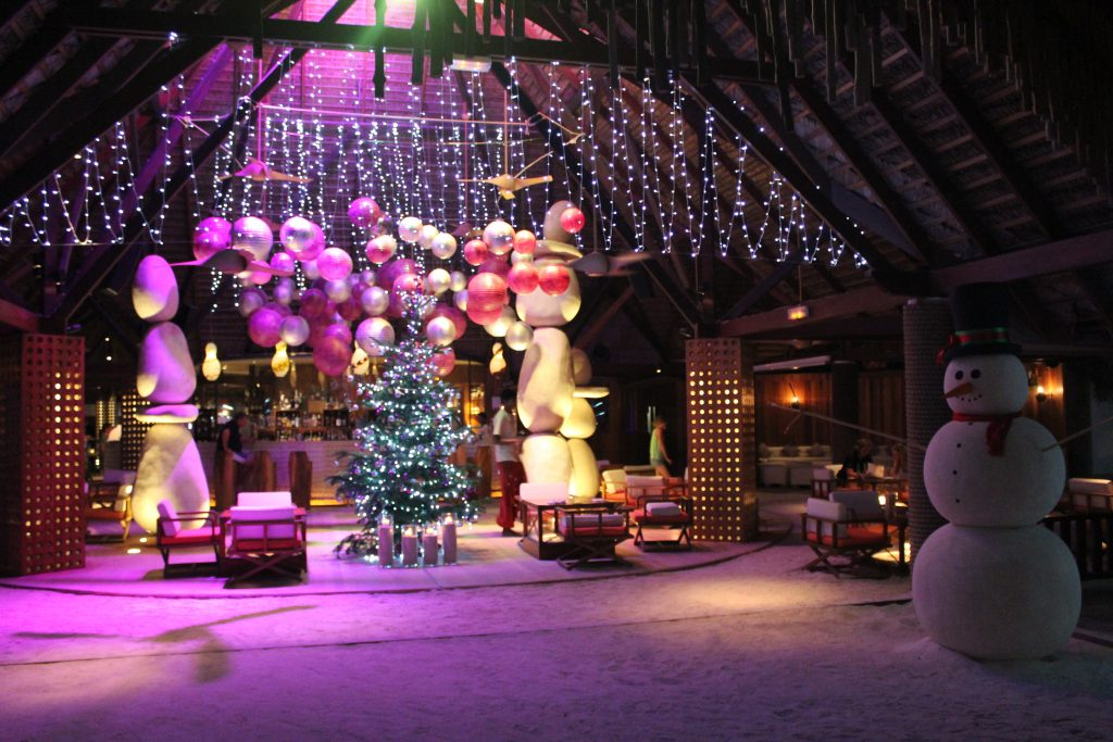 Constance Moofushi hotel review New Year's Eve