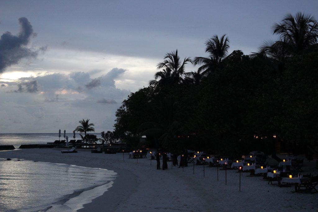 Constance Moofushi Maldives Alizee restaurant